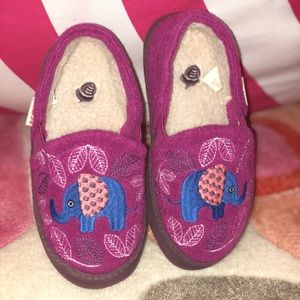 NEW ACORN EMBROIDERED SLIPPERS!